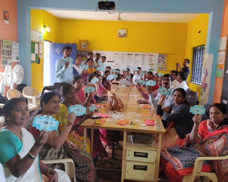 Workshop on Foldscope for school teachers at Gubbi along with India Literacy Project.